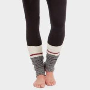 Roots cabin leg warmers NEW